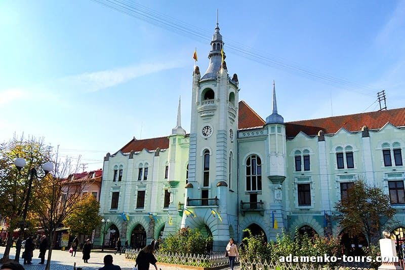 Мукачево, обзорная экскурсия. Мукачевская ратуша