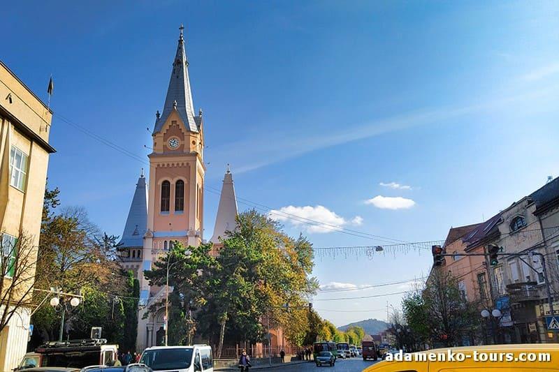 Мукачево, обзорная экскурсия. Собор святого Мартина