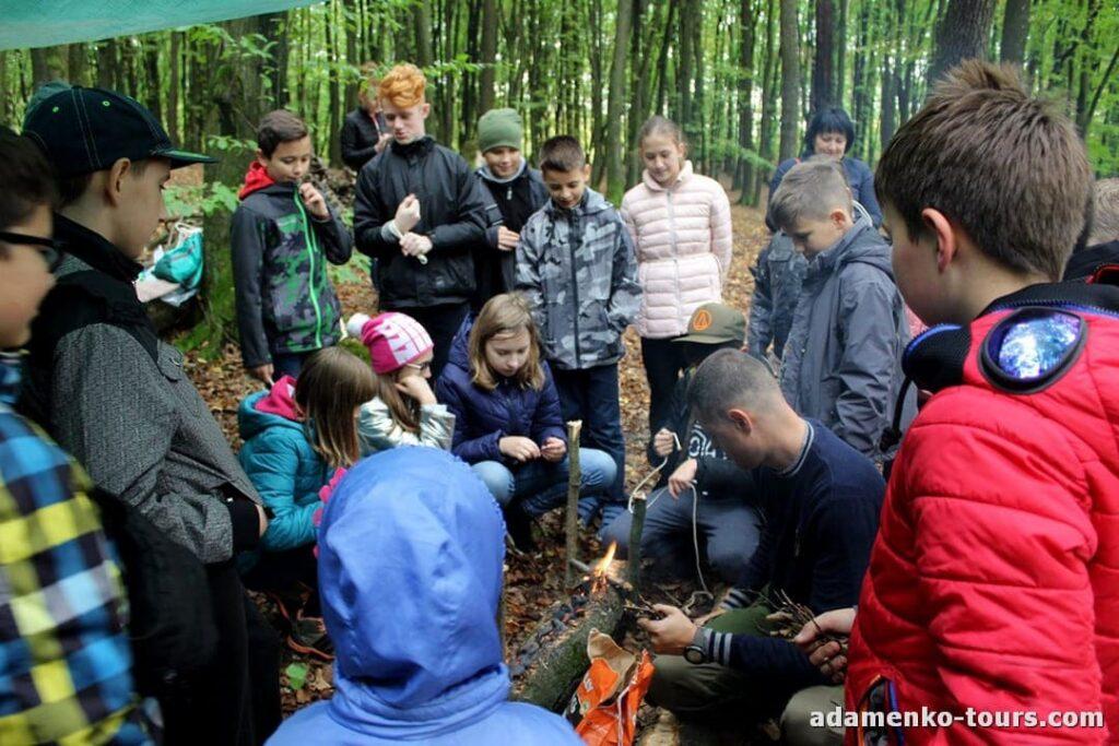 Детская экскурсия Лесная школа